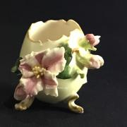 Старинная вазочка яйцо Фарфор