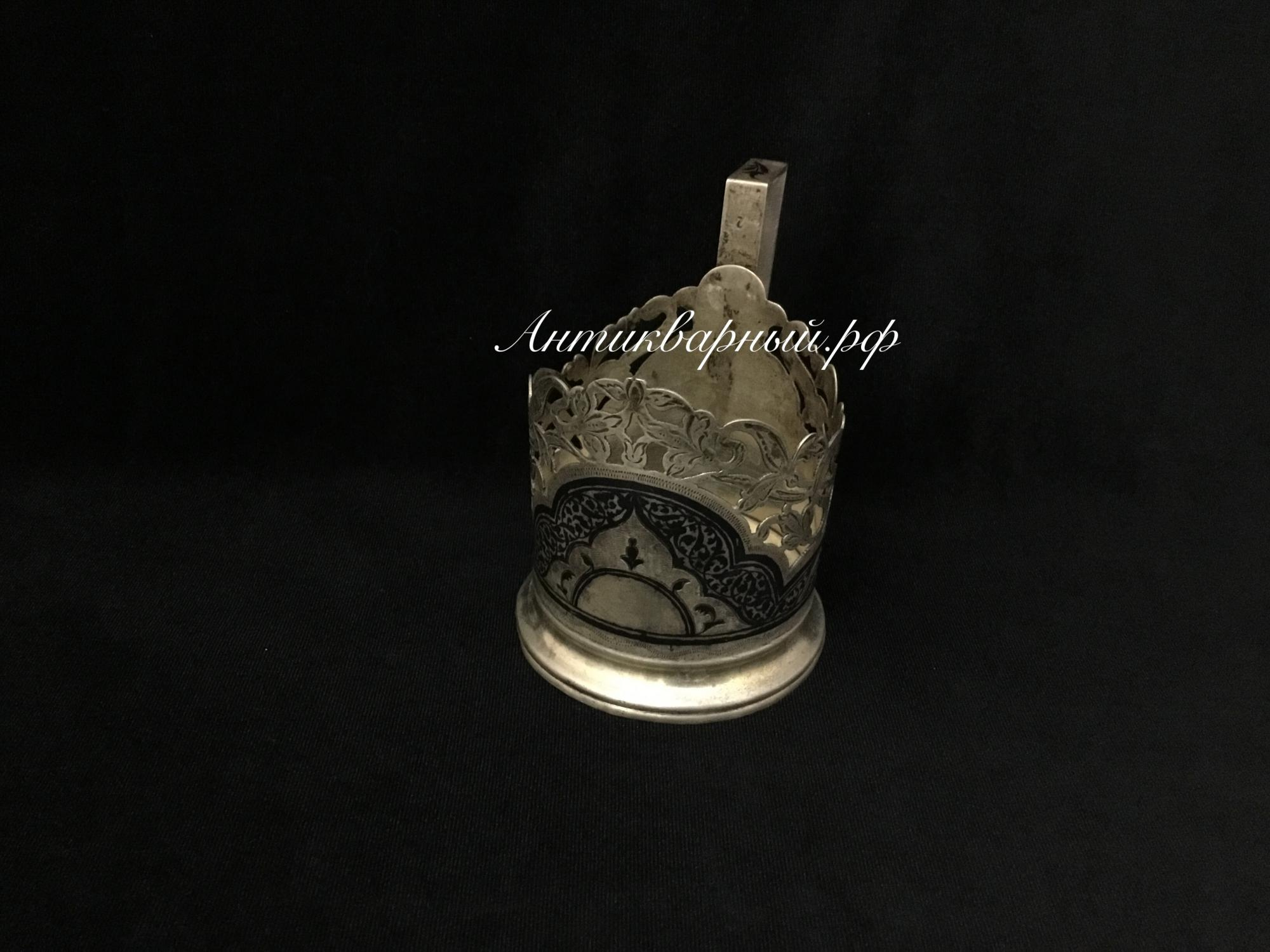 Подстаканник серебряный Кубачи .875проба.97,3гр