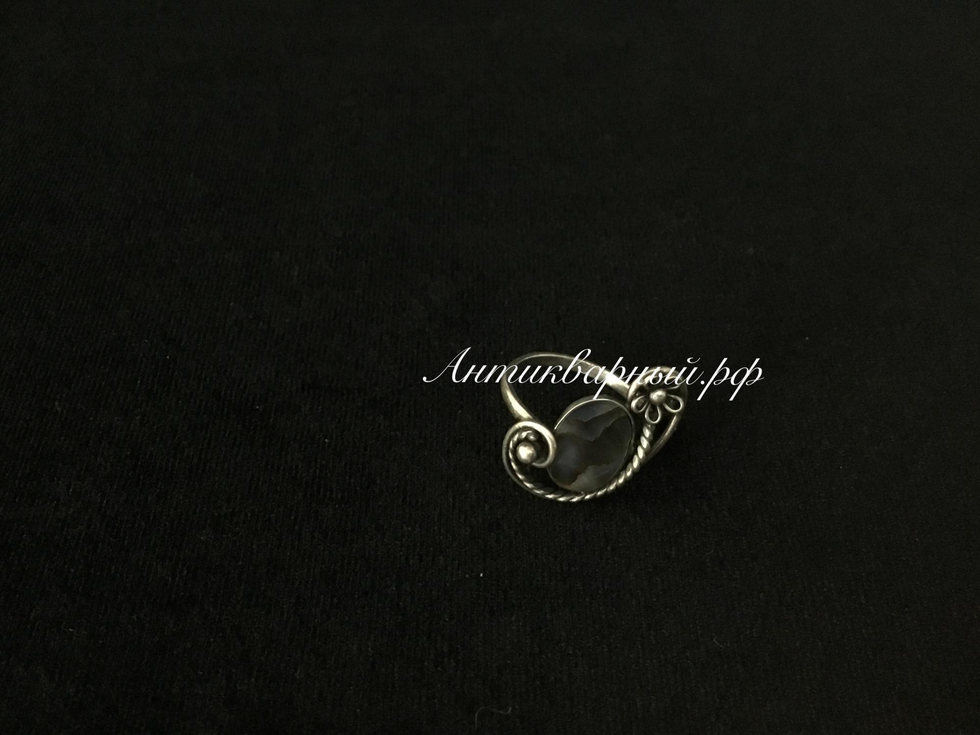 Кольцо мельхиоровое с перламутром