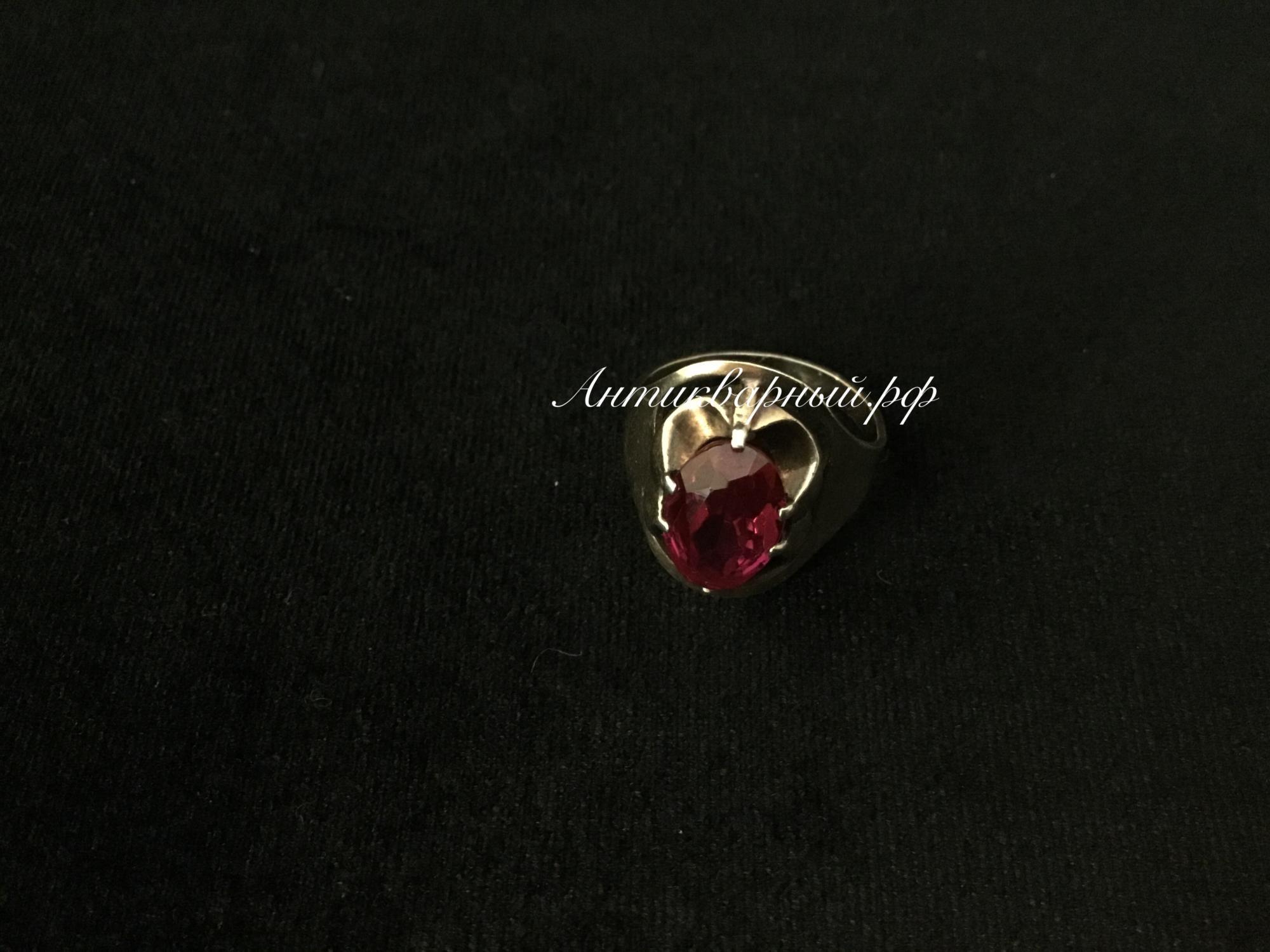 Кольцо серебряное с позолотой,вставка рубин