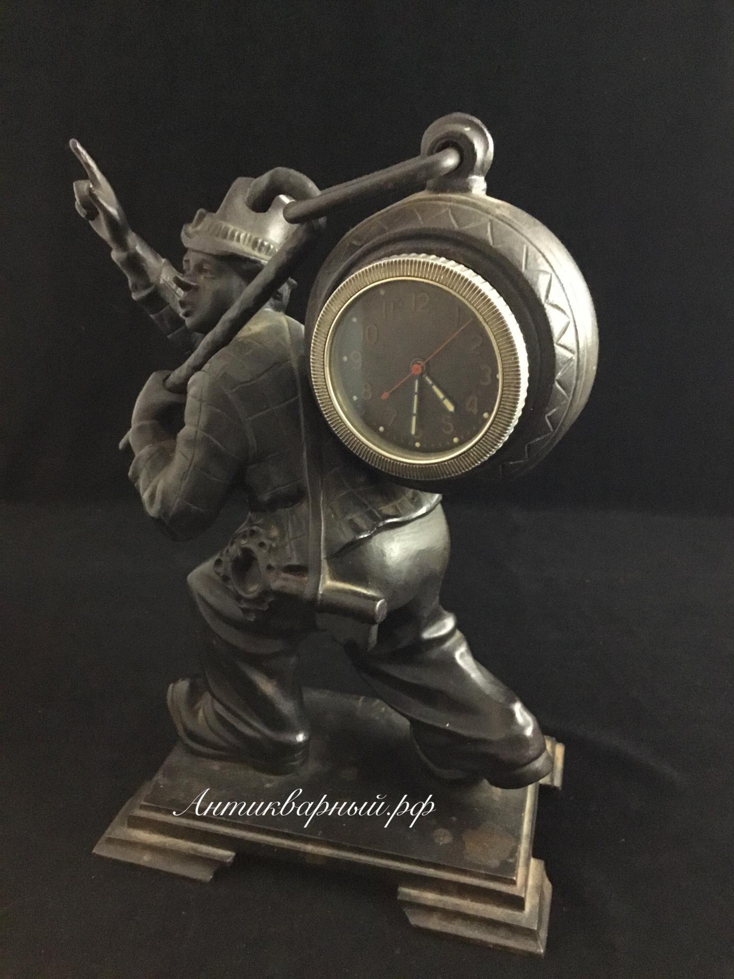 Часы Клоун.Чугун Касли