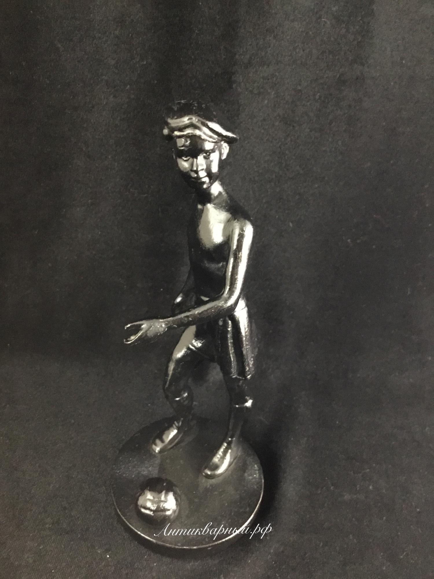 Статуэтка Юный Футболист. Чугун Касли 1986