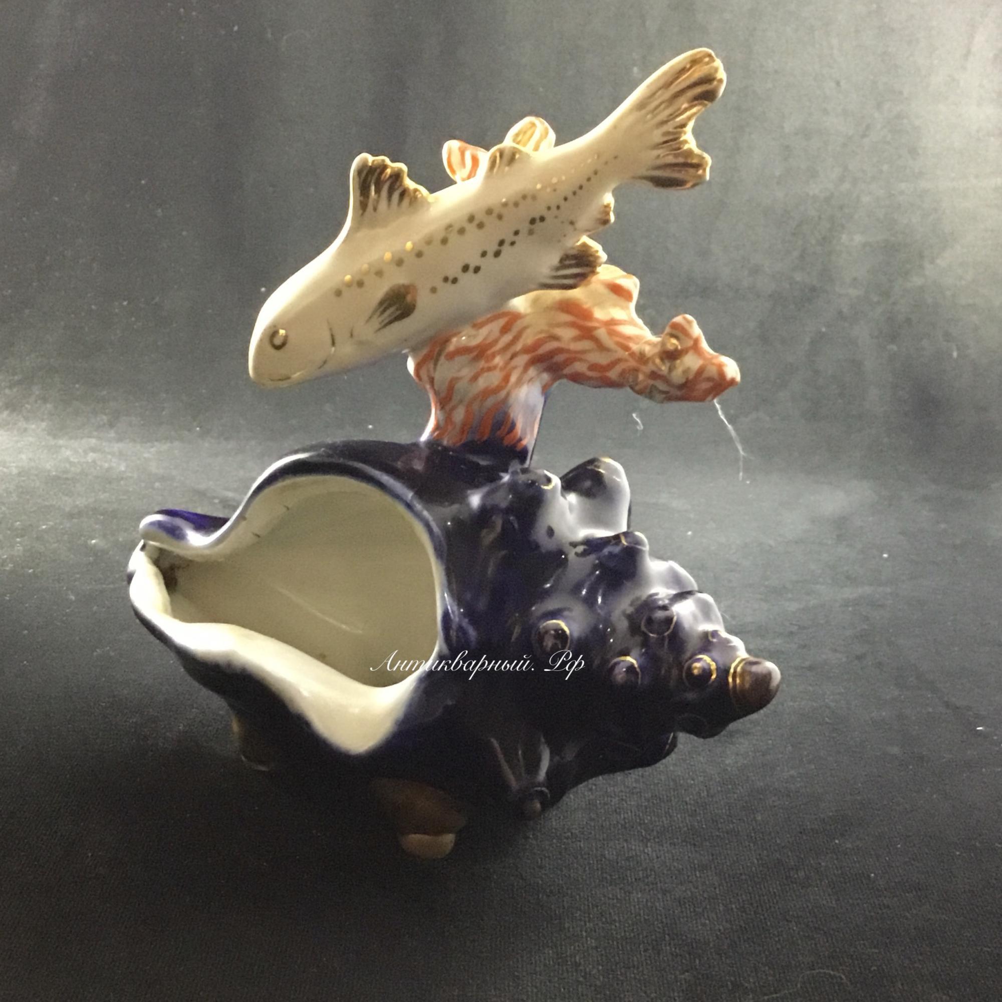 Пепельница Рыбка с ракушкой Дулево