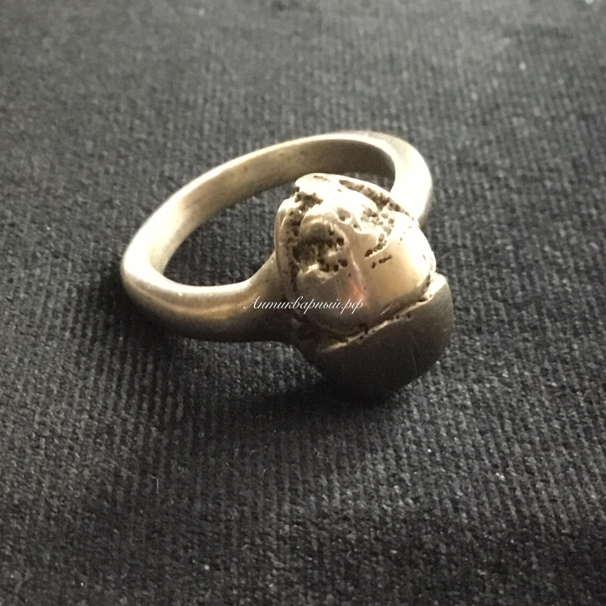 Кольцо со Скоробеем в мельхиоре