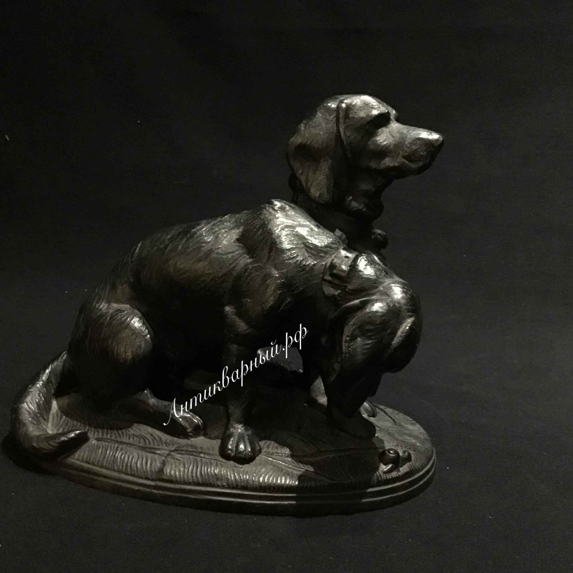 Чугунная статуэтка 2 собаки Такса с улиткой, Кусинский завод