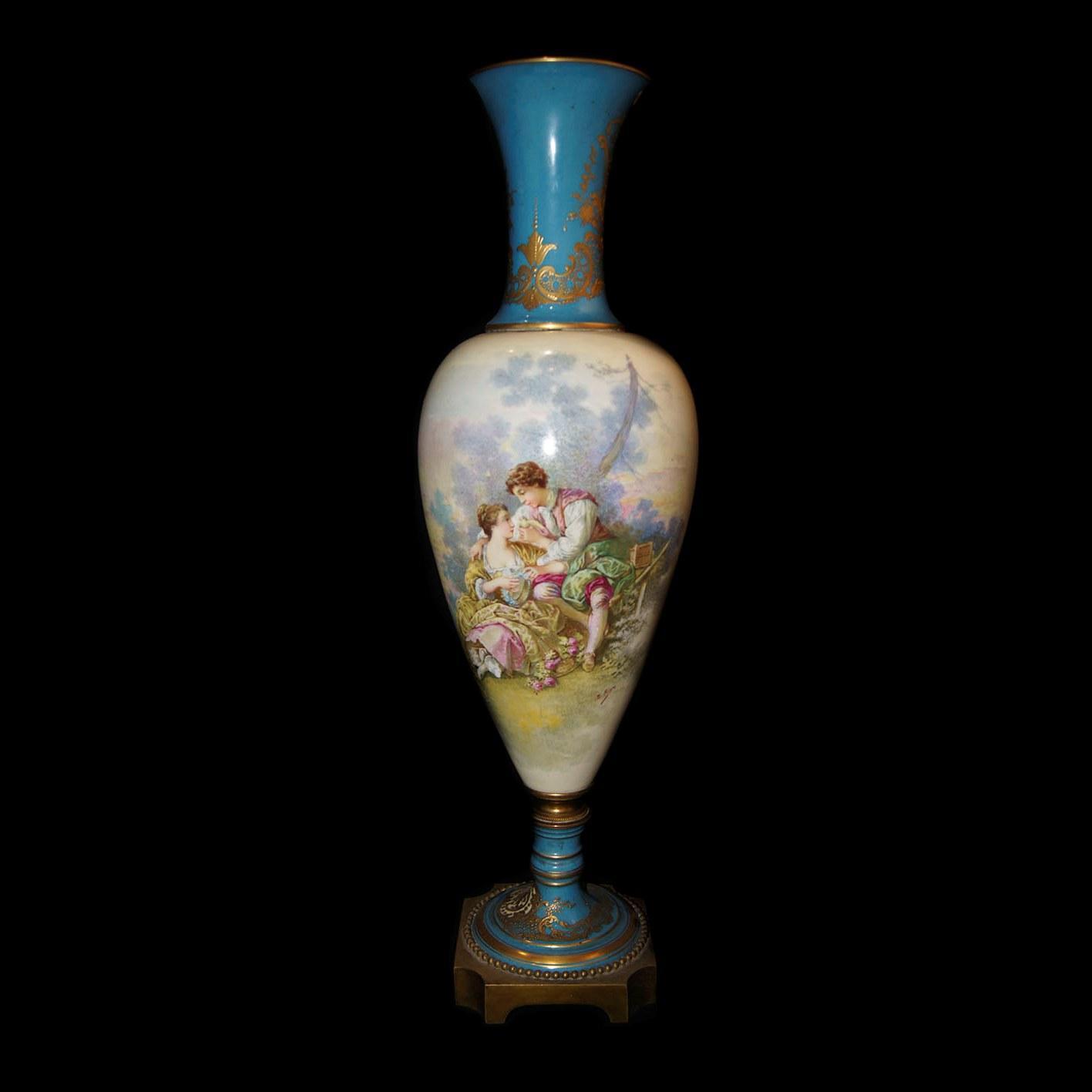 антикварная высокая ваза. sevres. франция