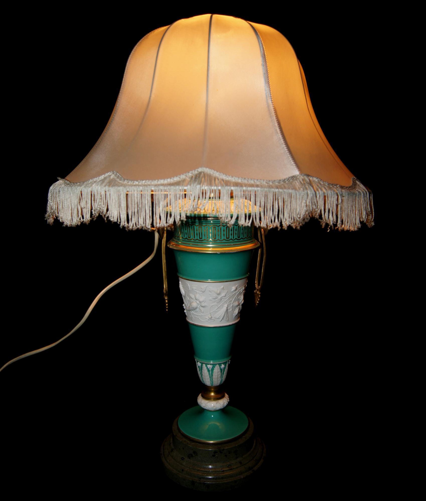старинная настольная лампа. KPM. германия