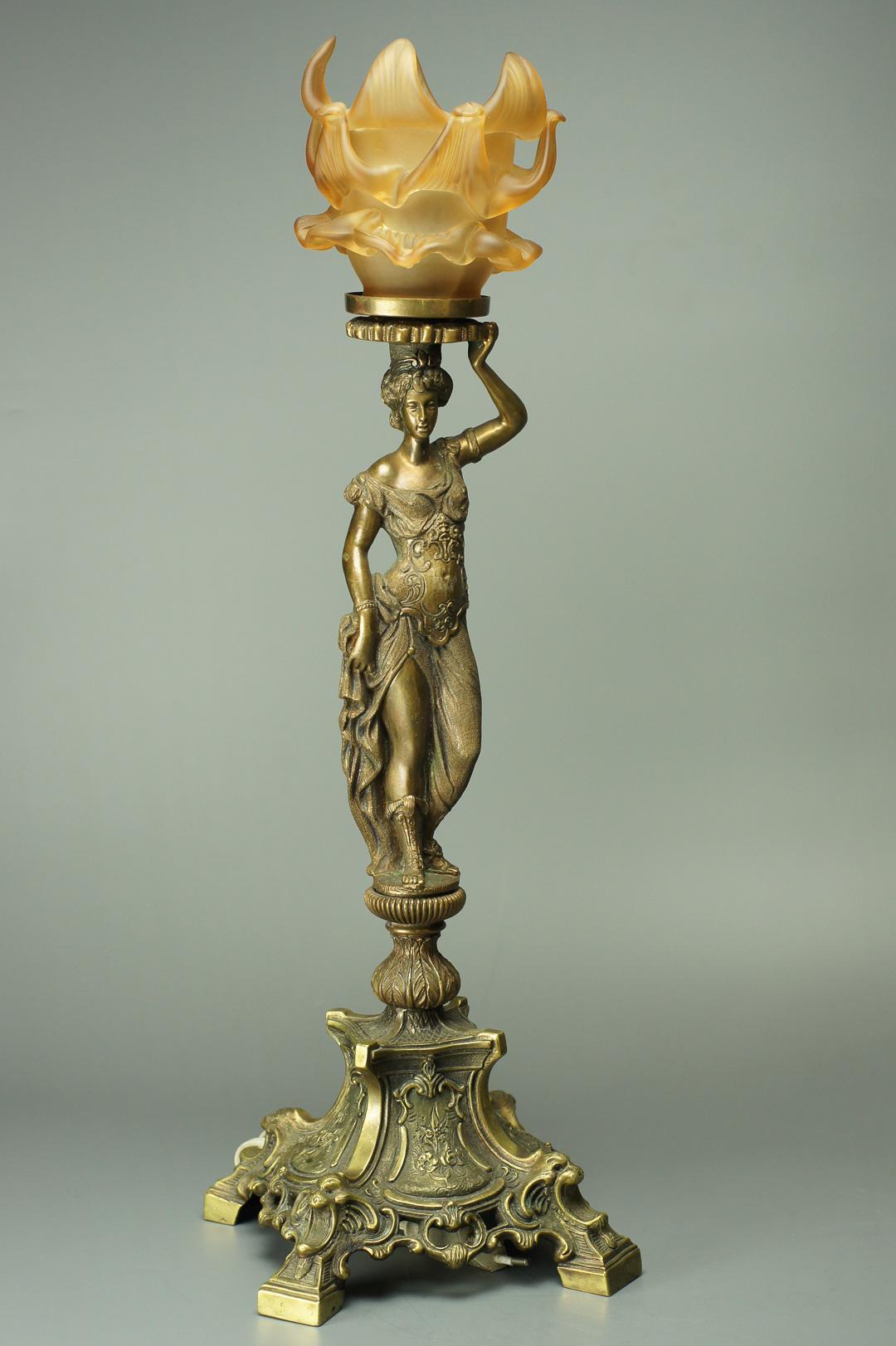 Лампа настольная с кариатидой, бронза