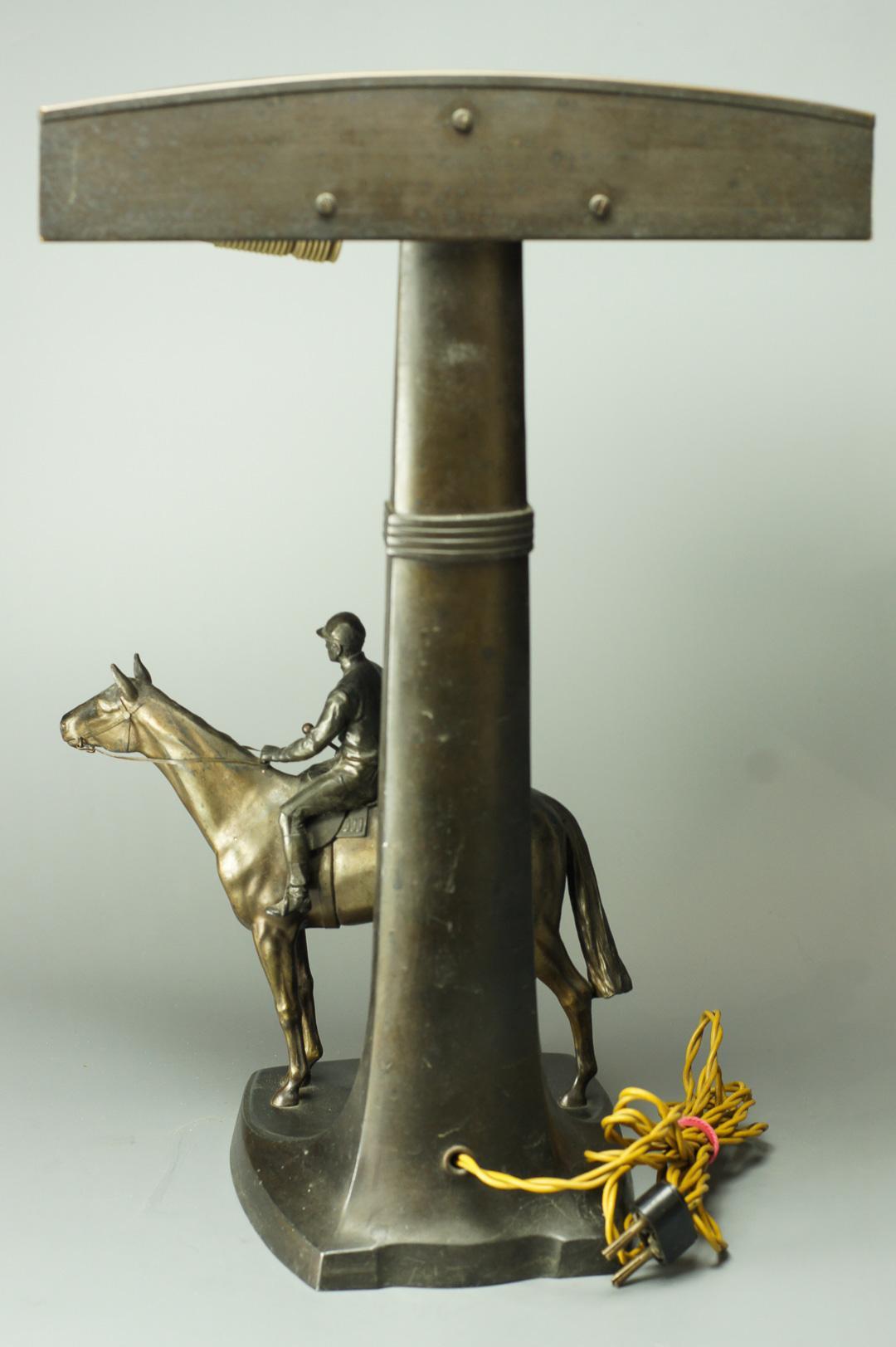 Настольная лампа Жокей на лошади