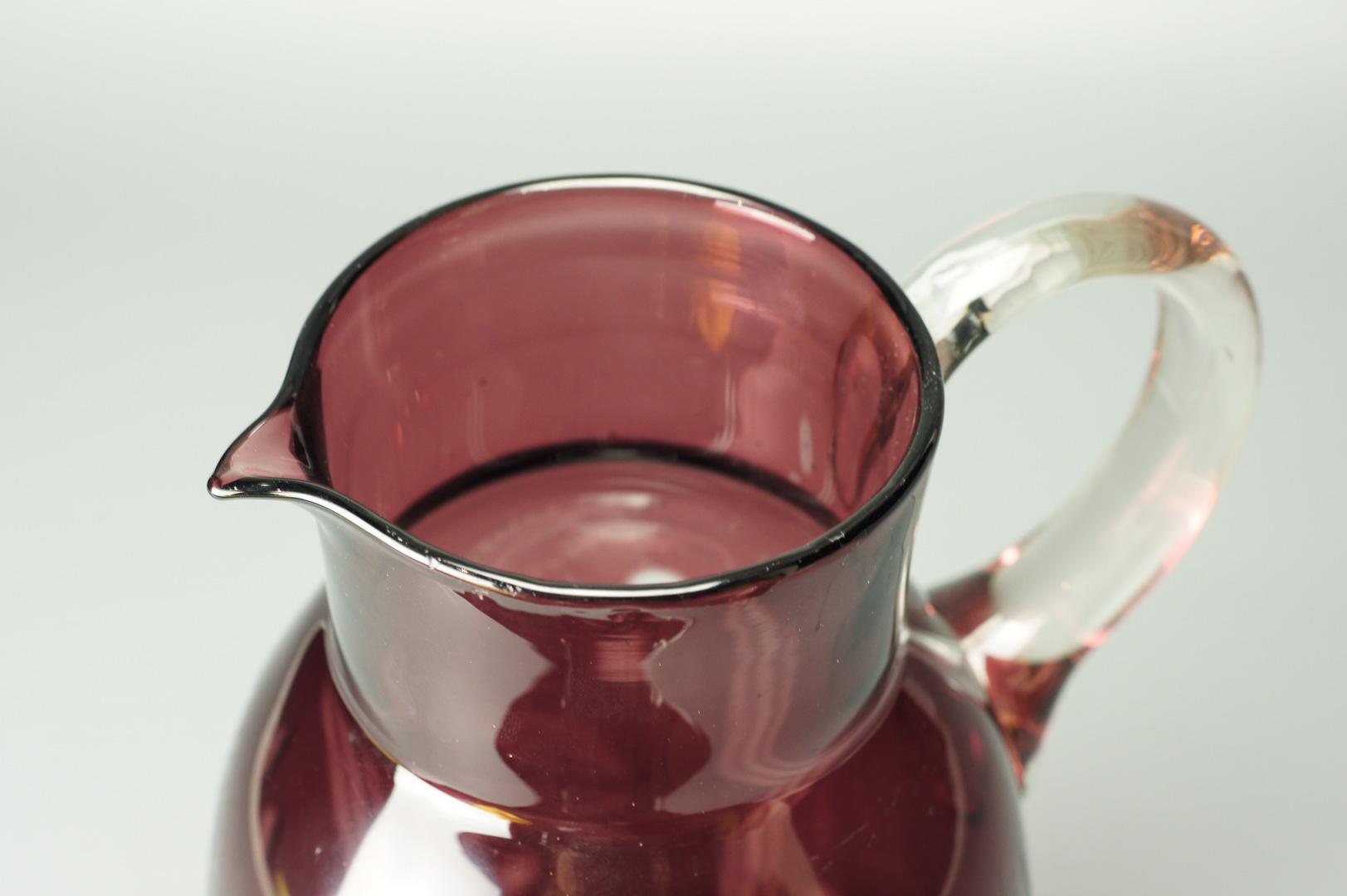 Кувшин для воды вишневый