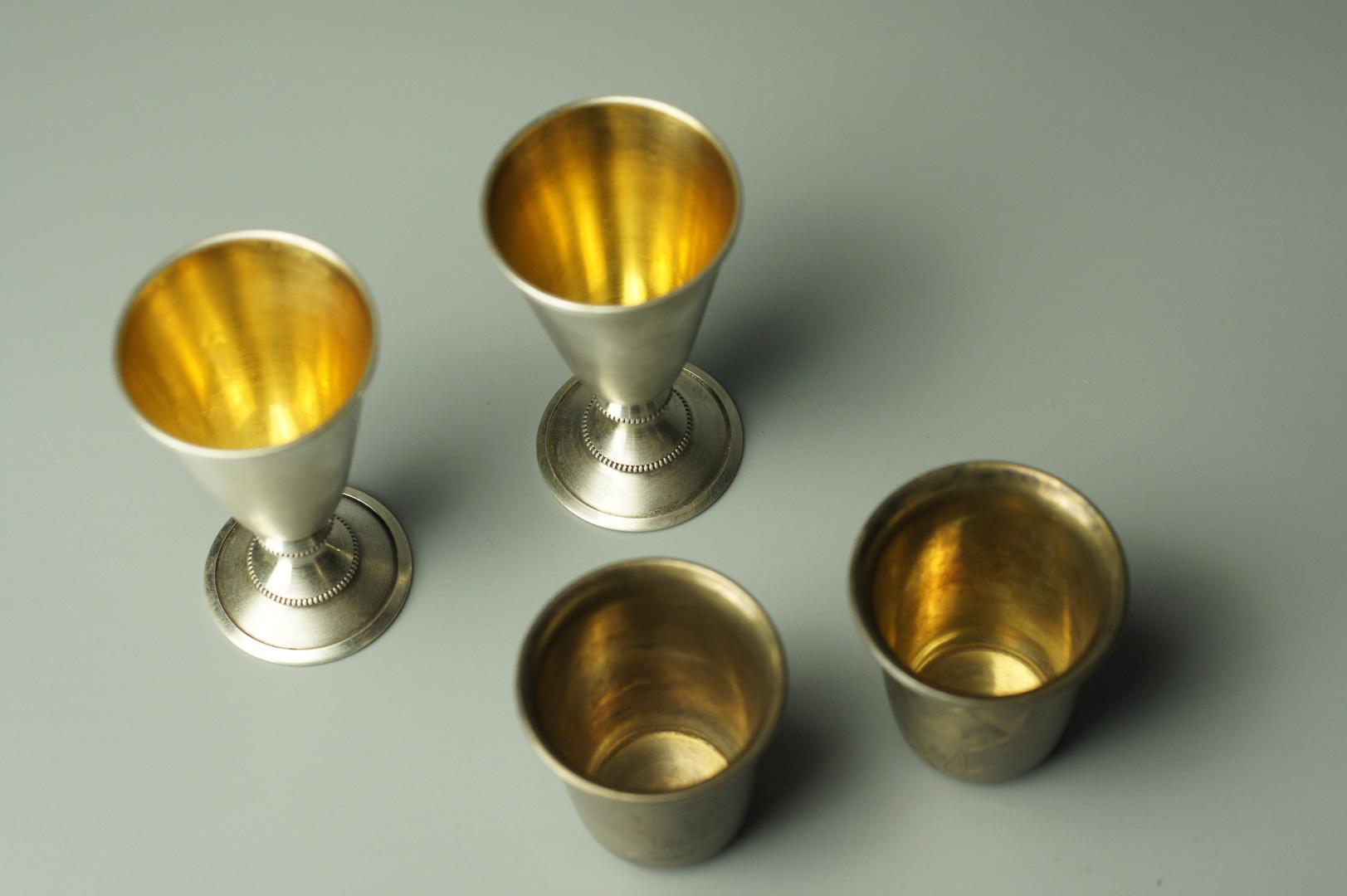 Рюмки маленькие серебро