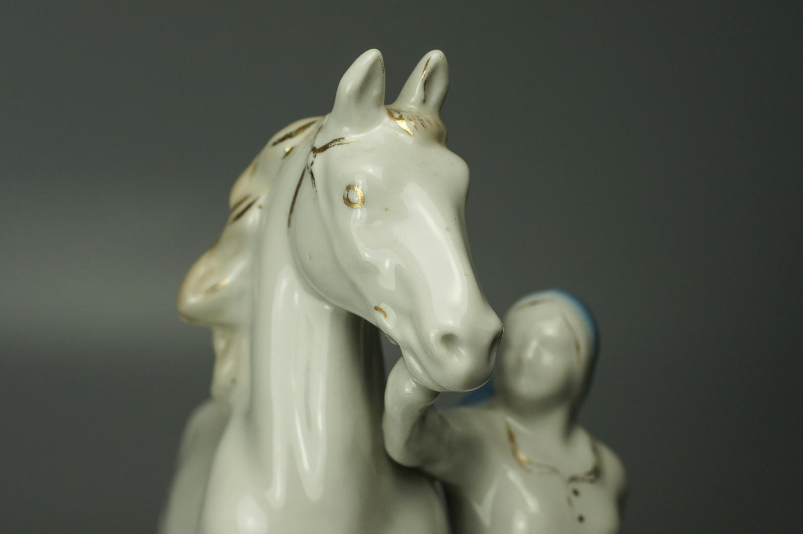 Статуэтка Конезаводчица (Колхозница с конем) Старая Гжель