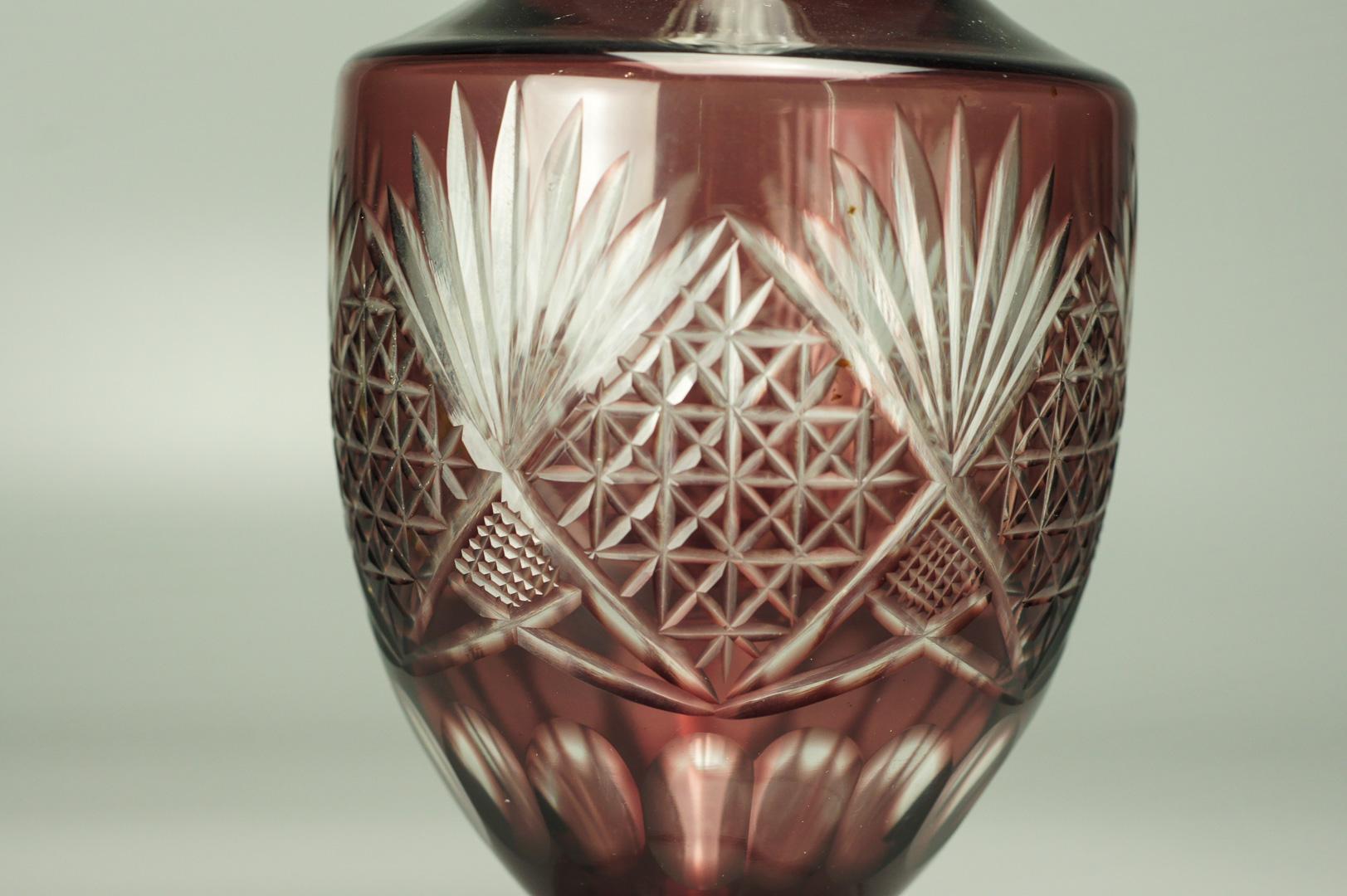 Графин марганцевое стекло