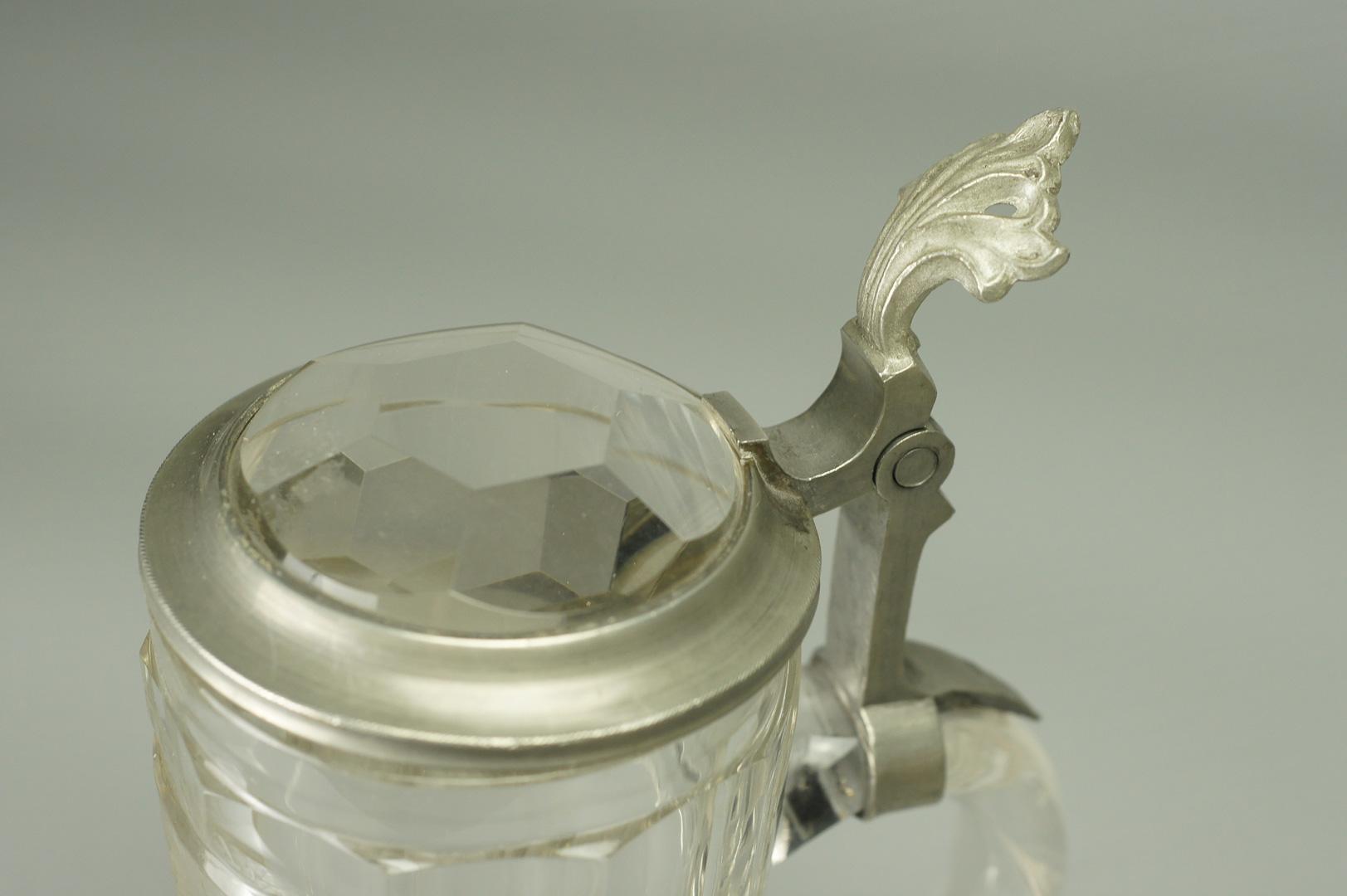 Кружка пивная с крышкой стекло Олень