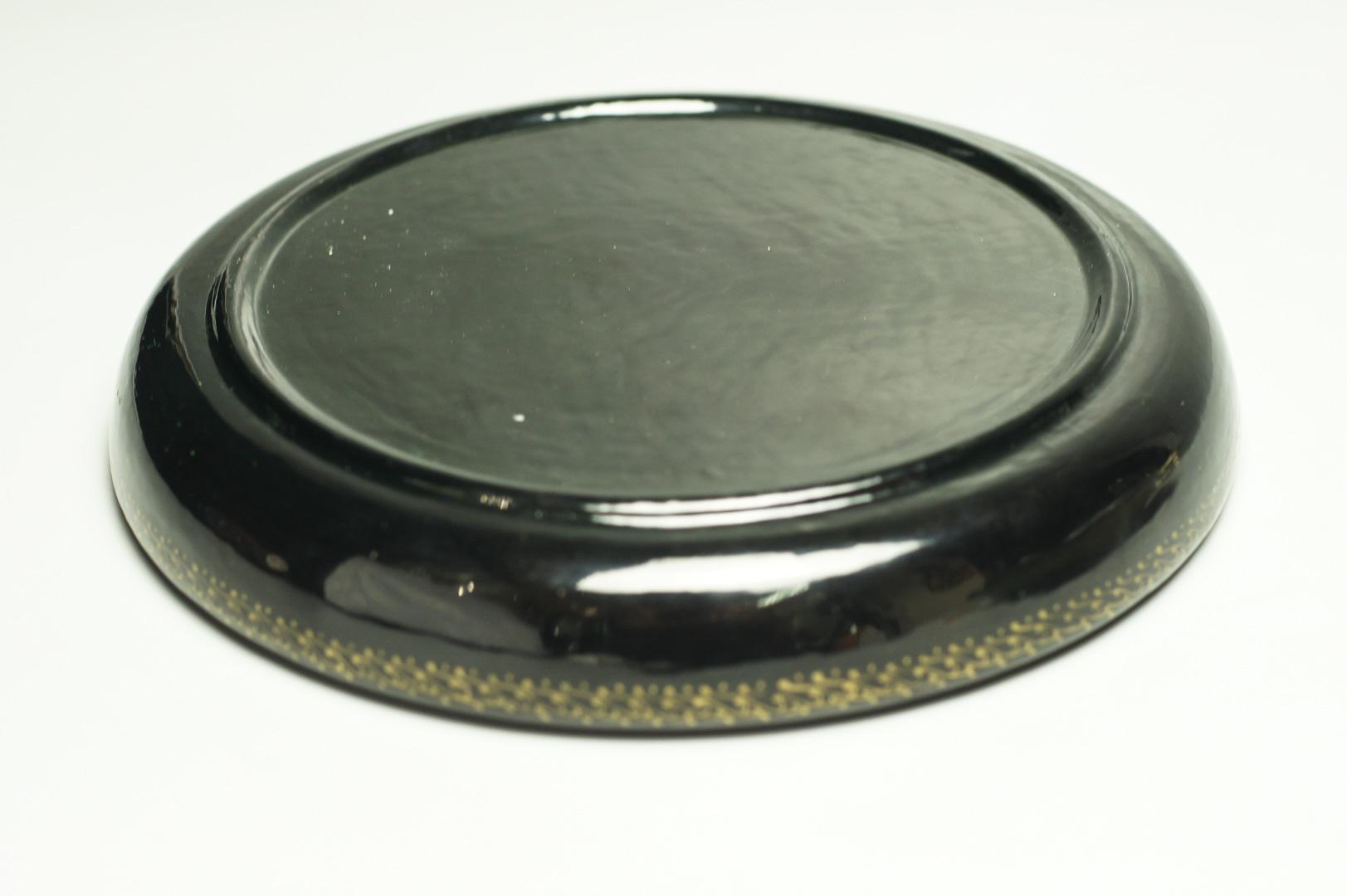 Шкатулка лаковая круглая